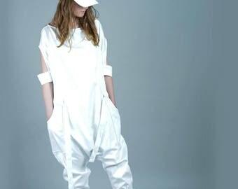 White Jumpsuit, Womens Overall, White Harem Pants, Japanese Clothing, White Summer Jumpsuit, Summer Jumpsuit, Extravagant Jumpsuit, Capris
