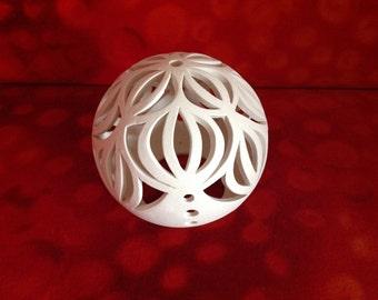 Art Deco light ball made of clay 12 cm diameter