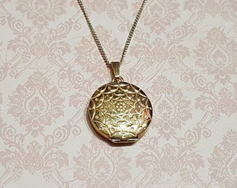 Vintage Gold Locket Round Gold Plated