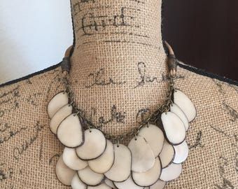 Off White Necklace, Off White Tagua Necklace, Off White Statement Necklace, Tagua Jewelry, Seed Jewelry, Resort Jewelry, Cream Necklace