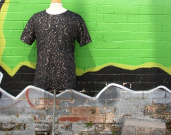 All over hand printed Men's T-shirt - Manour Curl