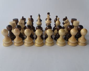 New beautiful handmade,handcrafted hazel wood chess piece set nutbrown color King is 2.83 inch or 7.2 cm
