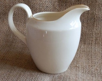 English 1950's ROYAL VALE Plain Cream Jug with Gold Rim  / Pitcher / Creamer Made in England