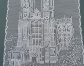 """Westminster Abbey. Lace Pictorial Souvenir of London, England 12""""x18"""" (30x45cm) approx. London in Lace. Circa 1977, 100% Polyester"""