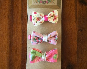 Floral Bow Hair Clips (Set of Four)