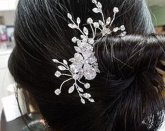 Crystal Bridal Hair Pin, Crystal  Flower,  Wedding Headpiece, Rhinestone Hair Vine, Bridal Hair Pin