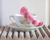 Mull - Diadema de plumas rosa para invitada de boda, diadema para novia, diadema de ballet, tocado de plumas sencillo, accesorio de plumas