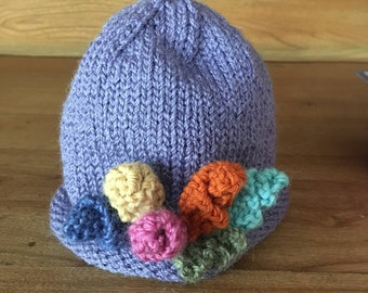 Knitted hat: Newborn to 3 months