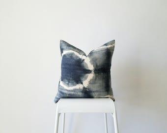 Authentic Mudcloth Pillow Cover, Malian Bogolanfini,  Grey, White, Indigo, Shibori, Tie-dyed, Enso, Circle, Geometric