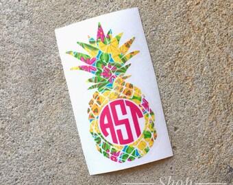 Pineapple Monogram Decal Sticker - Pineapple Monogram Sticker - Pineapple Car Decal - Pineapple Decal - Yeti Decal - Monogram Decal -