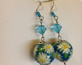 Hand Painted Daisy Earrings / Floral Earrings / Dangle Earrings / Blue Earrings / Flower Earrings