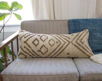 Moroccan Pillow / Moroccan Azilal Pillow / Rug Pillow / Moroccan Lumbar Pillow / Moroccan Cushion / Lumbar Pillow