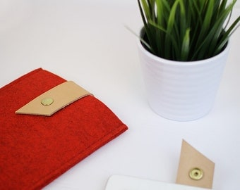 Red Felt iPad Case with Leather Strap, Tech Accessories, Tablet Sleeve, Gifts For Him, Gifts For Her, Stocking Stuffers, Stocking Fillers
