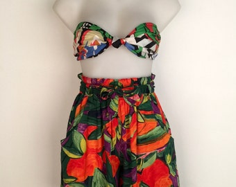 Super cute 1990s 'St Michael' high waisted tropical print rayon shorts / Made in the U.K.