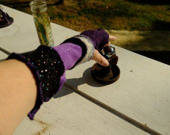 Fingerless gloves/arm warmers inspired by Kat Wise