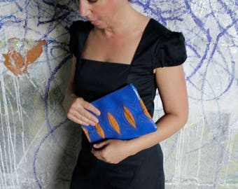 casual clutch in tarp and cord (curry/blue)
