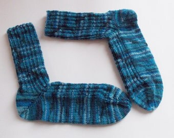 hand-knitted socks, Gr. 40/471 (EU), blue