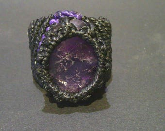 Macramé with ore Amethyst ring