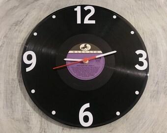 Uhr aus Schallplatte Marcato LP Vinyl Deko Wall Clock Time