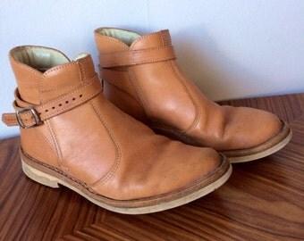 Vintage/leather/ankle boots/jodhpur boots/men/women/ankle strap/rubber soles/size 37.5/mod/