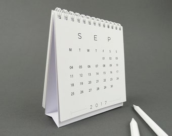 FORM 2017 Desk Calendar