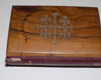 Old Collectible Vintage Holy Bible ~ The British and Foreign Bible Society ~ Hard Wood Cover