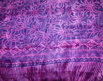 Wide silk scarf dark blue and bright pink REF. L42