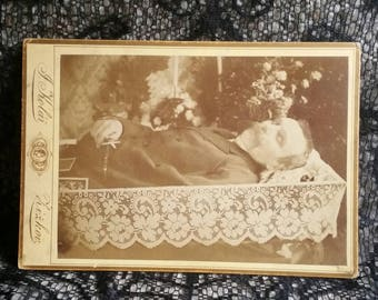 Victorian Edwardian mourning funeral photo post mortem father gentleman casket