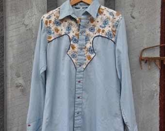 vintage 70s quilted cowboy shirt / pearl snap button up floral yoke / country western cottage chic hipster boho hippie outlaw rebel / M L
