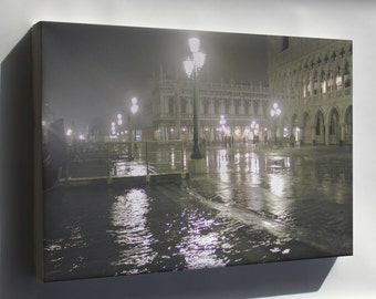 Canvas 24x36; Venice Italy At High Tide