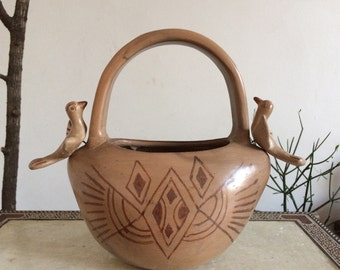 Bird pottery, planter, bowl.