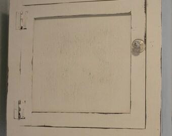 Bathroom Cabinet, Medicine Cabinet, Bathroom Organization, Bathroom Wall Cabinet, Farmhouse Decor,Farmhouse Bathroom,Rustic Medicine Cabinet