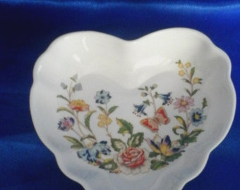 Aynsley Fine Bone China Valentine's Heart Dish, the Cottage Garden Design, Made in England