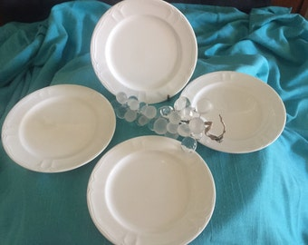 Set of Four Lenox Bread and Butter Plates White Sands
