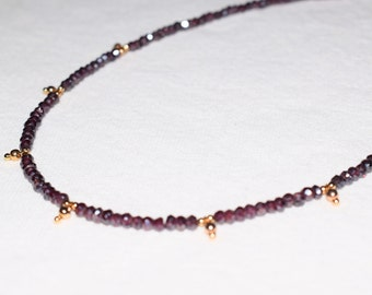 necklace with grenat beads and gold plated beads