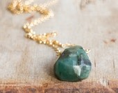 Raw Emerald Necklace in Silver or Gold, May Birthstone, Rough Emerald Crystal Necklace, Raw Stone Jewellery, Emerald Jewelry, UK Jewellery
