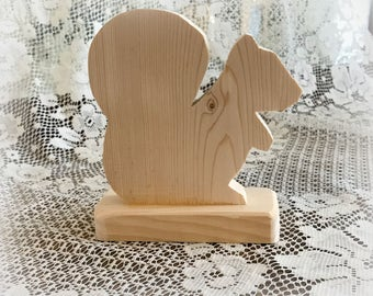 Small Unfinished Wooden Squirrel Cut out