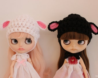 doll sized hats for Blythe, lamb, snowman etc.