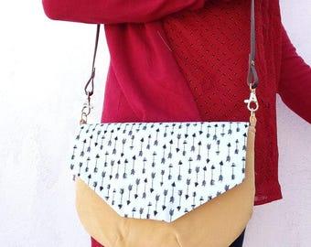 Bag with handles, handbag