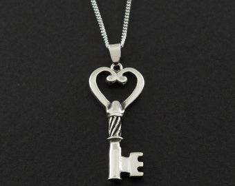 Key Necklace For Women Key Pendant Womens Jewelry Key Heart Steampunk Necklace Jewelry Vintage Key Necklace 925 Sterling Silver Gift For Her