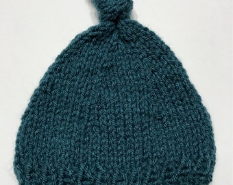 blue knitted baby beanie