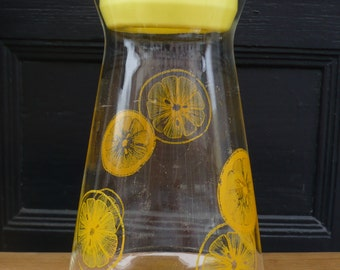 Glass Lemonade/Juice Pitcher with Lid