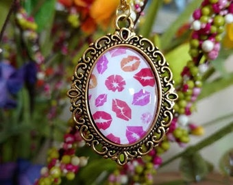 Gold Lips Charm Necklace Lip Print Pendant Handmade Fashion Jewelry ~ Sale Expires Today