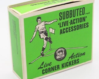 Subbuteo Classic 'Live-Action' Accessories Corner Kickers c.1960/70s - Set C.131 - Good working condition with box