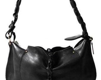 BLACK CAT - Woman's Handmade Shoulder Bag made of Black Natural Full Grain Calf Leather