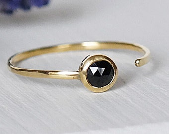 18ct Gold Ring, Birthstone Ring, Onyx Gold Ring, Gold Ring, Gemstone Ring, Adjustable Gold Ring, Stacking Rings, Gold Stacking Rings
