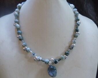 Helene Moss agate jewelry statement