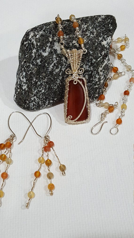 FriendsCrafts - Carnelian S/P wire wrapped Cabochon necklace with ...