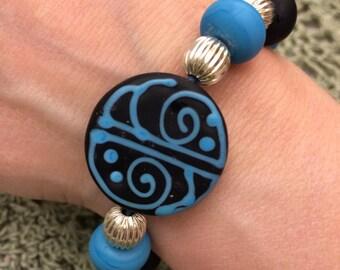 Artisan Created Dark Aqua Blue Lampwork Glass Stretch Bracelet