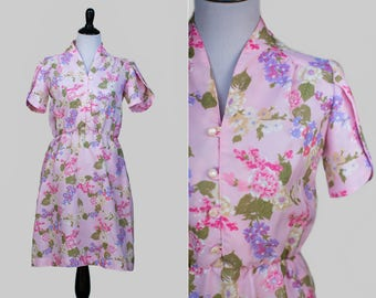 SALE***Vintage 70s/80s Short Sleeve High Collar Pink Fit and Flare Dress